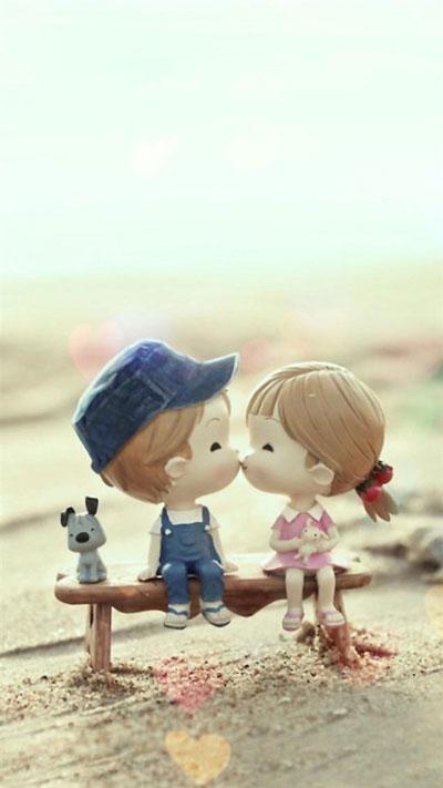 Cartoon Kissing Couple