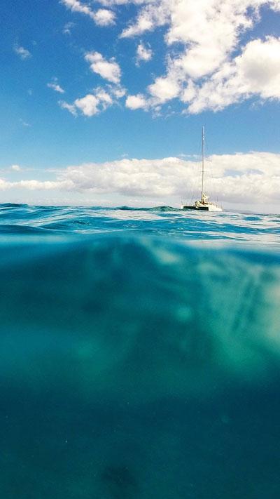 Лятна ваканция с Лодка в морето