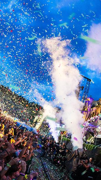 Tomorrowland Festival Concert, Confetti Wallpaper