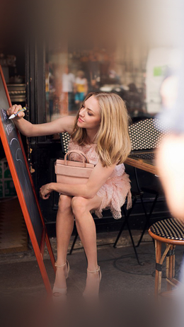 Amanda seyfried street celebrity girl