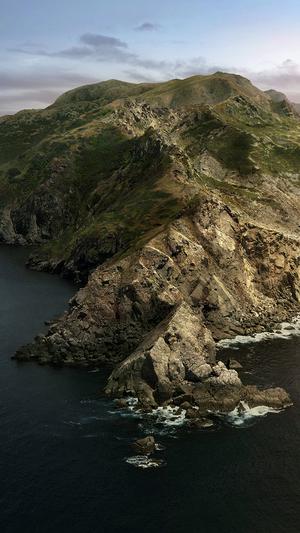 new-macos-apple-background-art-island