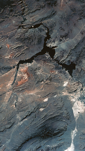 land-home-earth-soil-mountain-skyview-iphone