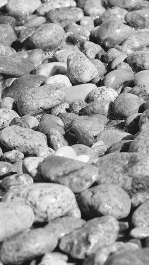 stone-rocks-beach-nature-pattern-white